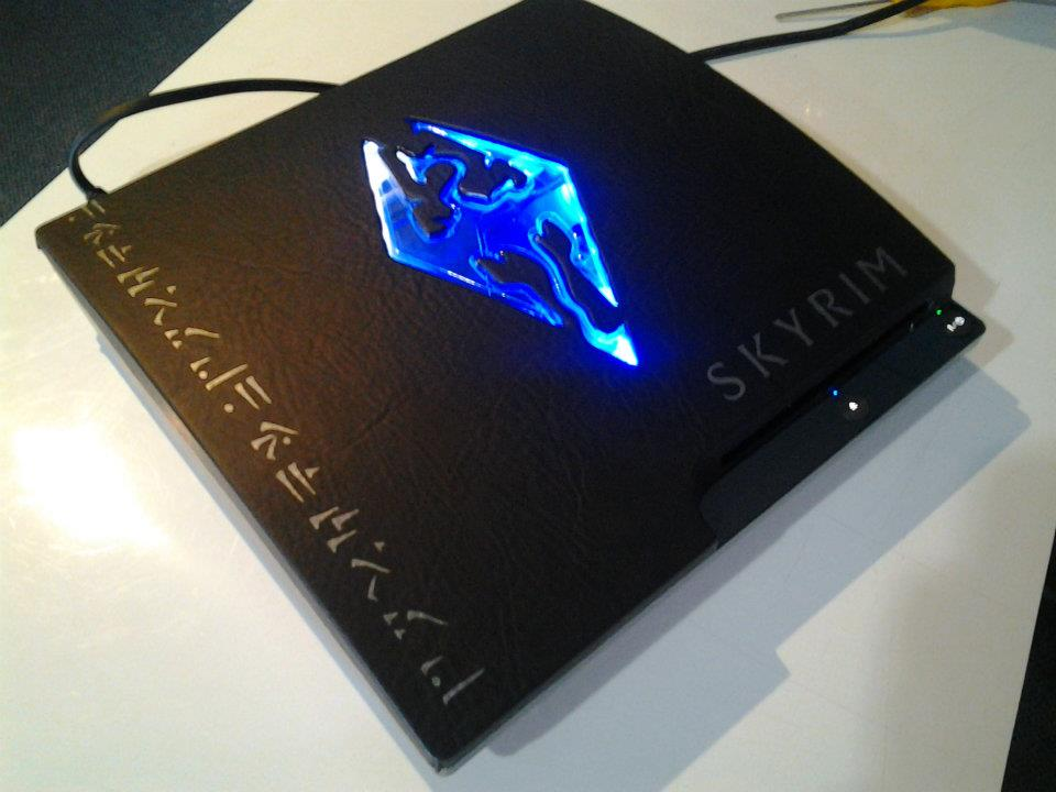 25 Most Amazing PS3 Case Mods You Will Ever See | Page 23
