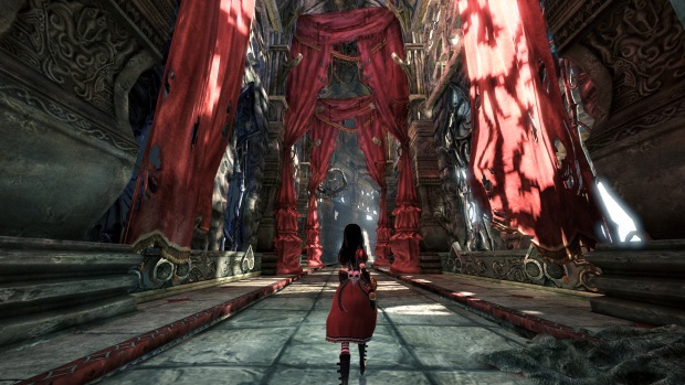 alice-madness-returns-hall